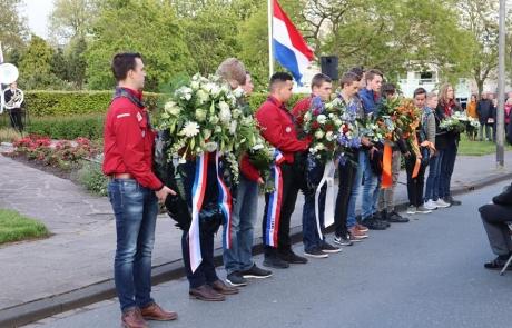 Scouting Naaldwijk bij Dodenherdenking